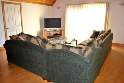 farm-lane-retreat-yallingup-lounge-1