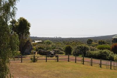 farm-lane-retreat-yallingup-view-1